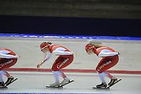 SCHAATSEN: HEERENVEEN: IJsstadion Thialf, 05-07-2013, Training zomerijs, Team Corendon, Marije Joling, Lotte van Beek, ©foto Martin de Jong
