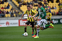 Nathan Burns in action during the A League - Wellington Phoenix v Newcastle Jets at Westpac Stadium, Wellington, New Zealand on Sunday 26 October 2014. <br /> Photo by Masanori Udagawa. <br /> www.photowellington.photoshelter.com.