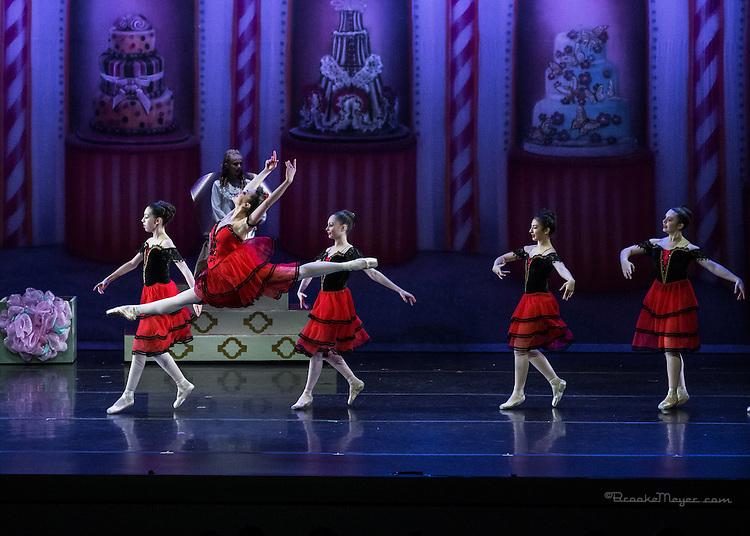 """Cary Ballet Company, """"Visions of Sugarplums"""", Saturday Matinee, 19 Dec. 2015, Cary Arts Center, Cary, North Carolina."""