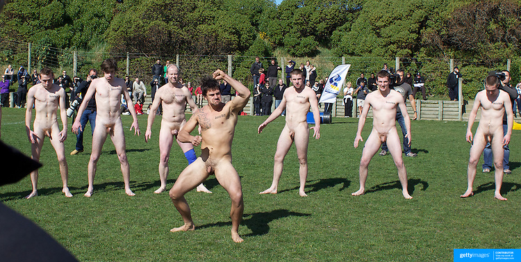 100911 Clayton NZ 1554 turistico2010: Nude Rugby July 2011 Dunedin, New Zealand Nude Blacks vs ...