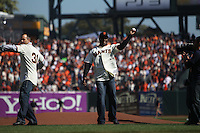 SAN FRANCISCO - OCTOBER 19:  Barry Bonds of the San Francisco Giants is introduced and throws out the first pitch before Game 3 of the NLCS against the Philadelphia Phillies at AT&T Park on October 19, 2010 in San Francisco, California. (Photo by Brad Mangin)