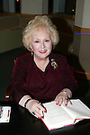 Doris Roberts  (1925-2016)
