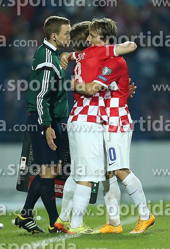 13.10.2014, Stadion Gradski vrt, Osijek, CRO, UEFA Euro Qualifikation, Kroatien vs Aserbaidschan, Gruppe H, im Bild Alen Halilovic, Luka Modric // during the UEFA EURO 2016 Qualifier group H match between Croatia and Azerbaijan at the Stadion Gradski vrt in Osijek, Croatia on 2014/10/13. EXPA Pictures &copy; 2014, PhotoCredit: EXPA/ Pixsell/ Igor Kralj<br /> <br /> *****ATTENTION - for AUT, SLO, SUI, SWE, ITA, FRA only*****