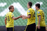 FUSSBALL   DFB POKAL   SAISON 2012/2013   1. Hauptrunde FC Oberneuland - Borussia Dortmund            18.08.2012 Mario Goetze, Ivan Perisic und Robert Lewandowski (v.l., alle Borussia Dortmund)