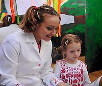 06/04/09 C'Beebies star opens Science Festival