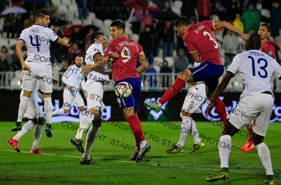 Fudbal, kvalifikacije za UEFA EURO 2016 qualifiers-Qualifying round - Group I<br /> Srbija v Portugal<br /> Aleksandar Mitrovic (L) Dusko Tosic (R)<br /> Beograd, 11.10.2015.<br /> foto: Srdjan Stevanovic/Starsportphoto &copy;