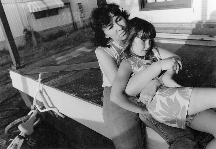 Betty Eldreth, here with daughter Tonya at home in Hickory, says she underwent unnecessary surgery for a cancer that never existed. Photo by Wendy Walsh - 1986