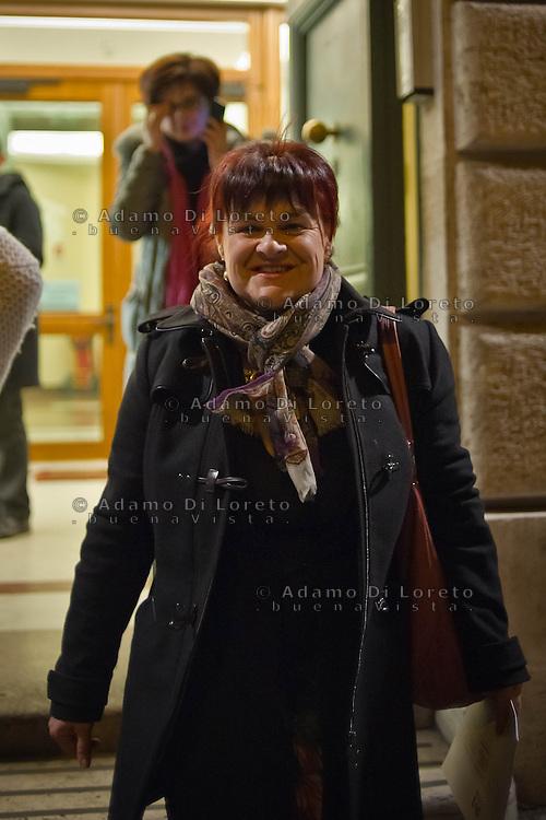 ROMA 14/03/2012: La XVII Legislatura della Repubblica Italiana inizierà il 15 marzo 2013, contestualmente alla riunione della prima seduta della Camera dei Deputati e del Senato della Repubblica. Il giorno prima i Parlamentari e Senatori concludono le ultime riunione prima dei lavori. Nella foto il senatore Stefania Pezzopane PD FOTO DI LORETO ADAMO