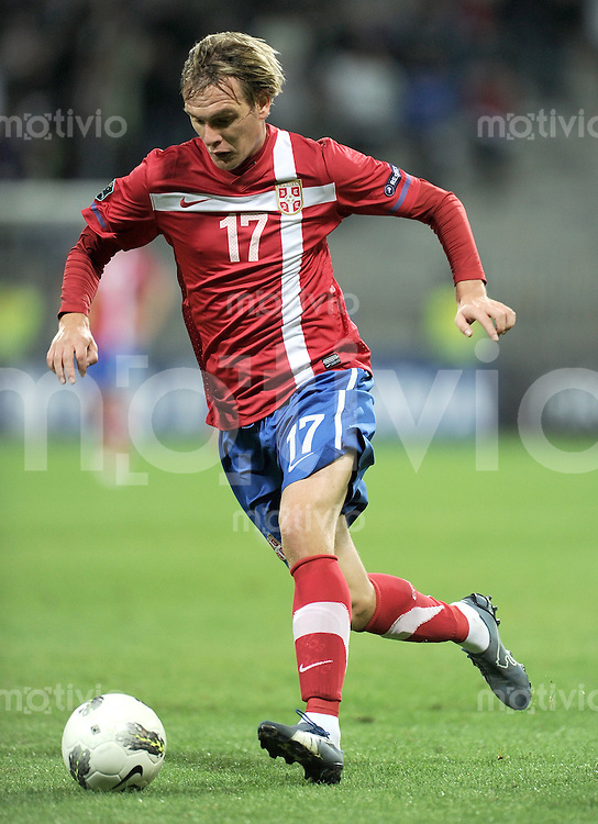 FUSSBALL INTERNATIONAL  Qualifikation Euro 2012  11.10.2011 Slowenien - Serbien Milos KRASIC (Serbien)