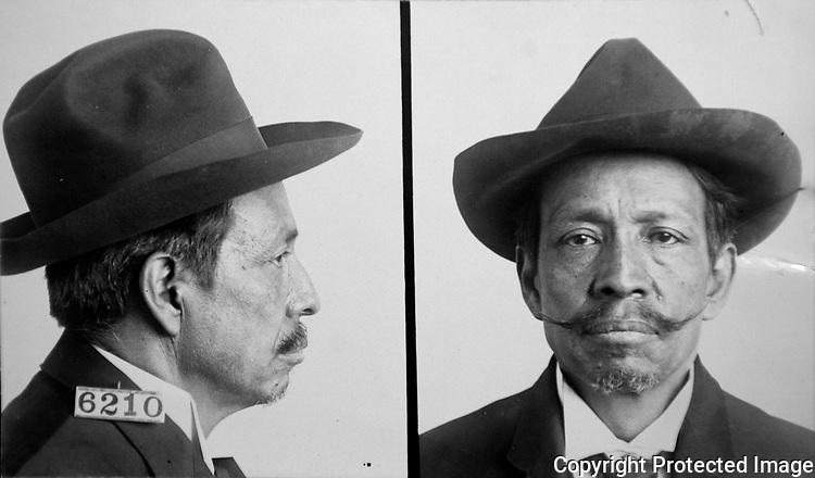 Retrato de carcel de Prisciliano G. Silva. Foto tomada de la National Archives and Records Administration (NARA) en la ciudad de Kansas City, el 23 de octubre de 2008. Photo by Heriberto Rodriguez