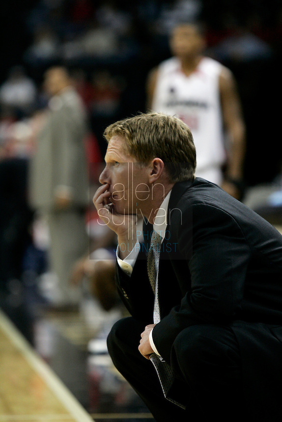 Gonzaga University coach Mark Few in a basketball game against the University of Georgia at The Arena at Gwinnett Center in Duluth, Ga. on Saturday, Dec. 16, 2006. Georgia won 96-83.<br />