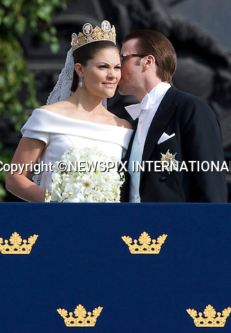 """PRINCESS VICTORIA AND PRINCE DANIEL (Duke of Västergötland) WEDDING.The Royal couple appeared on the Lejonbacken Terrace of the Royal place to greet approximately 500 thousands members of the public in the Swedish capital of Stockholm. The newlywed royal couple were also watched on by members of royal families from around the world_Royal Palace, Stockholm_19/062010.Mandatory Credit Photo: ©DIAS-NEWSPIX INTERNATIONAL..**ALL FEES PAYABLE TO: """"NEWSPIX INTERNATIONAL""""**..IMMEDIATE CONFIRMATION OF USAGE REQUIRED:.Newspix International, 31 Chinnery Hill, Bishop's Stortford, ENGLAND CM23 3PS.Tel:+441279 324672  ; Fax: +441279656877.Mobile:  07775681153.e-mail: info@newspixinternational.co.uk"""