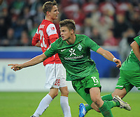 FUSSBALL   1. BUNDESLIGA  SAISON 2011/2012   11. Spieltag   29.10.2011 1.FSV Mainz 05 - SV Werder Bremen JUBEL Werder Bremen;  Torschuetze zum 1-3  Sebastian Proedl  (Mitte)