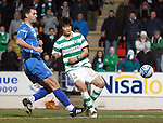 St Johnstone v Celtic...18.12.11   SPL .Ki Sung Yeung scores the second goal.Picture by Graeme Hart..Copyright Perthshire Picture Agency.Tel: 01738 623350  Mobile: 07990 594431