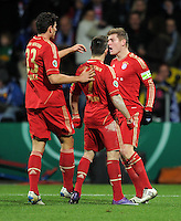 Fussball DFB Pokal:  Saison   2011/2012  Achtelfinale  20.12.2011 VfL Bochum - FC Bayern Muenchen  Mario Gomez , Franck Ribery , Toni Kroos (v. li., FC Bayern Muenchen)
