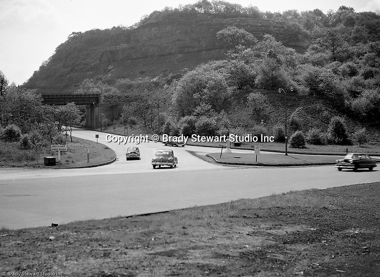 Highland Park Section of Pittsburgh:  View of an accident scene at the corner of Washington Boulevard and Highland Drive for Railway Express - 1950.  During the 1950's, Brady Stewart Studio was a contract photographer for Railway Express, predecessor of the Port Authority.  Brady Stewart Studio would send photographers to the accident scene and also photograph the damaged vehicles for court cases.