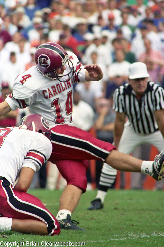 Reed Morton (14), University of Florida Gators defeat the University of South Carolina Gamecocks 48-17 at Ben Hill Griffin Stadium, Florida Field, Gainseville, Florida, November 12, 1994 . (Photo by Brian Cleary/www.bcpix.com)