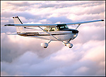 Cessna 172 in flight