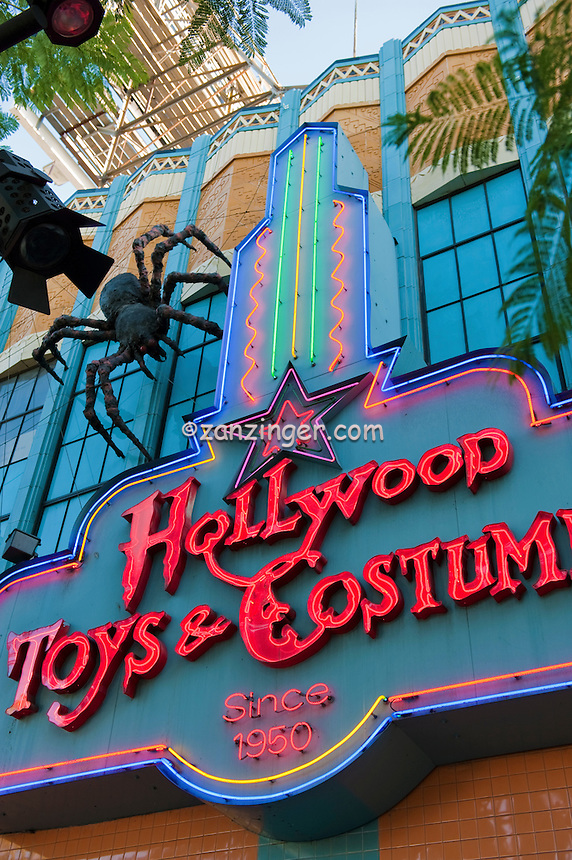 Hollywood, Boulevard,  retail, costume, store, shopping,  entertainment, tourist, attractions ,Vertical image