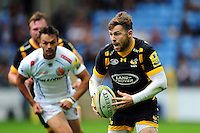 Elliot Daly of Wasps in possession. Aviva Premiership match, between Wasps and Exeter Chiefs on September 4, 2016 at the Ricoh Arena in Coventry, England. Photo by: Patrick Khachfe / JMP