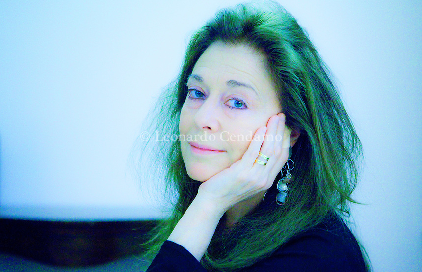 "Jorie Graham (born May 9, 1950) is an American poet. The U.S. Poetry Foundation suggests ""She is perhaps the most celebrated poet of the American post-war generation"". Vince per la sezione internazionale l'autrice americana della generazione «postbellica» Nonino Price 2013. © Leonardo Cendamo"