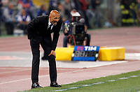 Calcio, Serie A: Roma vs Juventus. Roma, stadio Olimpico, 14 maggio 2017. <br /> Roma&rsquo;s coach Luciano Spalletti shouts to his players during the Italian Serie A football match between Roma and Juventus at Rome's Olympic stadium, 14 May 2017. Roma won 3-1.<br /> UPDATE IMAGES PRESS/Riccardo De Luca