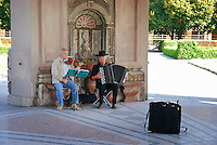 Street musicians in Pavilion for the goddess Diana (Dianatempel) in Court Garden (Hofgarten) in Munich