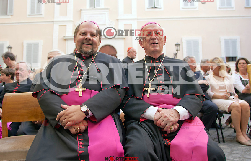 Auxiliary Bishop Wolfgang Bischof (L) at the honorary evening for Pope Benedict XVI. for his 85th Birthday in the courtyard of the papal summer residence at Castel Gandolfo in Italy, with costumes clubs from all over Bavaria. Castel Gandolfo, Italy, 03.08.2012...Credit: Nickels/face to face / Mediapunchinc  - ***online only for weekly magazines**** /NortePhoto.com<br />