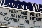 Wilmington, Ohio.USA.October 25, 2004..Church sign