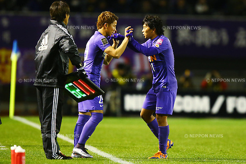 (L-R)<br /> Takuma Asano, <br /> Hisato Sato (Sanfrecce),<br /> DECEMBER 5, 2015 - Football / Soccer : <br /> 2015 J.League Championship Final 2nd leg match<br /> between Sanfrecce Hiroshima - Gamba Osaka<br /> at Hiroshima Big Arch in Hiroshima, Japan.<br /> (Photo by Shingo Ito/AFLO SPORT)
