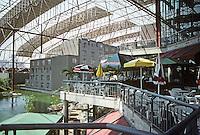 St. Louis: Union Station, Festival Market.  H-O-K. Photo '88.