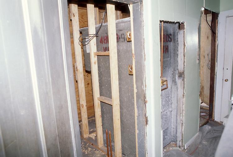 1994 JULY 01..Conservation.Central Brambleton.HOME PROGRAM.949 HANSON AVENUE.INTERIOR.CONSTRUCTION PROGRESS.FIRST FLOOR BATH..NEG#.NRHA#..