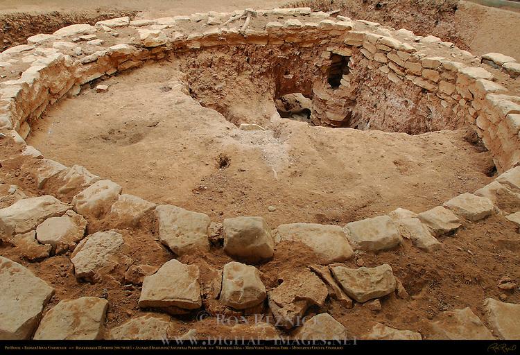 Basketmaker III period Pit House, Badger House Community, Anasazi Hisatsinom Ancestral Pueblo Site, Wetherill Mesa, Mesa Verde National Park, Colorado