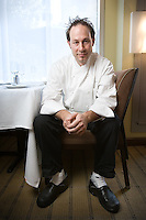 Slug: FD/Young Chefs.Date: Sept. 20-21 2006.Photographer: Mark Finkenstaedt FTWP.Location: Oval Room. 800 Conn. Ave NW. .Caption:Tony Conte, executive chef at the Oval Room 800 Connecticut Ave NW.