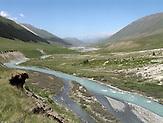 Das Tien-Shan-Gebirge an der Grenze zwischen Kasachstan und Kirgistan / The Tien Shan mountains on the border between Kazakhstan and Kyrgyzstan