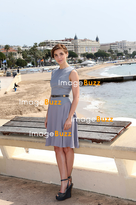 """CHRISTOPHE LAMBERT & CLOTILDE COURAU / April 8, 2013-Cannes (FR)-Photocall of """" La Source """" at the 50th MipTV, in Cannes, with Clotilde Courau, Christophe Lambert."""