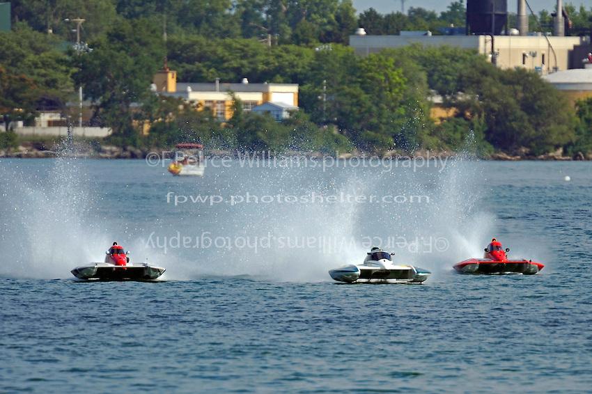 "CS-36, CS-51 and Rob Stevenson, CS-10 ""Wetspot""  (2.5 Litre Stock hydroplane(s)"