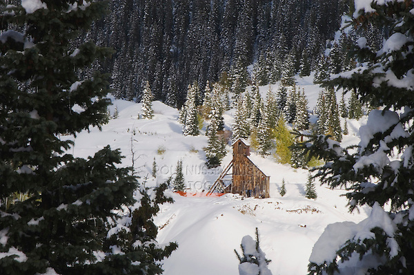 Early Snow and Mining Buildings, Red Mountain Pass, Ouray, Rocky Mountains, Colorado, USA, September 2006
