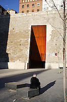 """Remodeling of Paseo del Óvalo, la Escalinta and the place ; Square and Entrance Door to the urban lifts to better connect the residential and industrial area of Teruel with its historical center ; 2005 ; David Chipperfield (London, 1953) ; work included to the exhibition """"On-site, new architecture in Spain"""" at the Museum of Modern Art (New York, Feb - May 2006), Teruel, Aragon, Spain Picture by Manuel Cohen"""