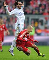 FUSSBALL   1. BUNDESLIGA  SAISON 2011/2012   23. Spieltag  26.02.2012 FC Bayern Muenchen - FC Schalke 04        Marco Hoeger (FC Schalke 04) gegen Arjen Robben (unten re, FC Bayern Muenchen)