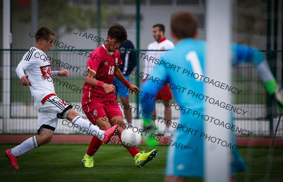 Fudbal Soccer<br /> International Friendly-Prijateljski mec<br /> Srbija U17 v Belorusiaj U17<br /> Stefan Stankovic (C)<br /> Stara Pazova, 20.09.2016<br /> foto: Srdjan Stevanovic/Starsportphoto &copy;