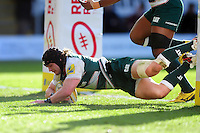 Harry Thacker of Leicester Tigers scores a try in the first half. Aviva Premiership match, between Northampton Saints and Leicester Tigers on April 16, 2016 at Franklin's Gardens in Northampton, England. Photo by: Patrick Khachfe / JMP