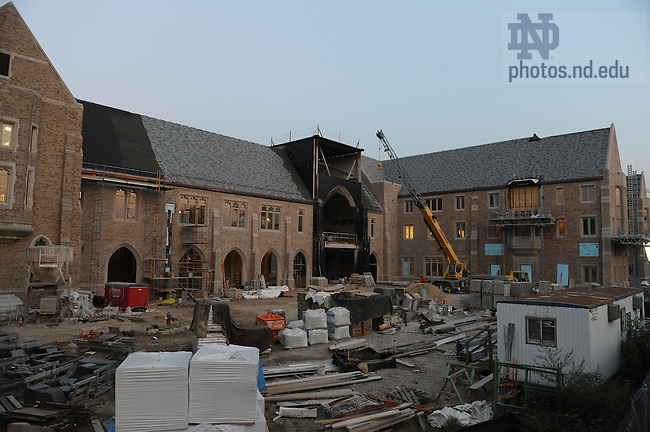 Construction on the Law School addition, Sept. 2008..Photo by Matt Cashore/University of Notre Dame