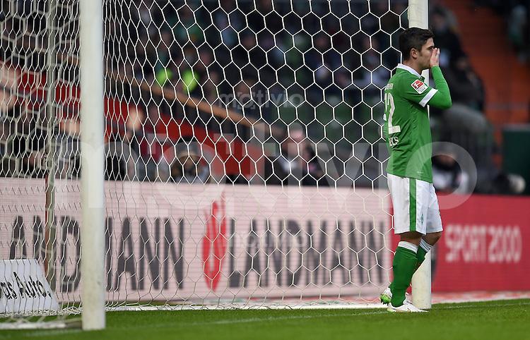 FUSSBALL   1. BUNDESLIGA   SAISON 2014/2015   15. SPIELTAG SV Werder Bremen - Hannover 96                         13.12.2014 Fin Bartels (SV Werder Bremen)