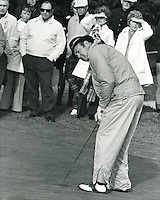 Sam Snead putting. (photo/Ron Riesterer)