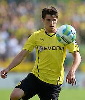 FUSSBALL       DFB POKAL 1. RUNDE        SAISON 2013/2014 SV Wilhelmshaven - Borussia Dortmund    03.08.2013 Jonas Hofmann (Borussia Dortmund) am Ball