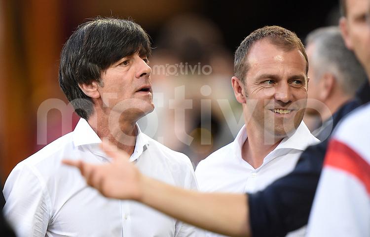 FUSSBALL INTERNATIONALES TESTSPIEL IN MAINZ Deutschland - Armenien                    06.06.2014 Joachim Loew (li) und Co-Trainer Hansi Flick (re, beide Deutschland) vor dem Spiel