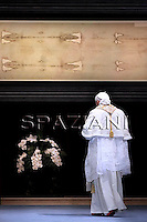 Holy Shroud exhibition in Turin,Pope Benedict XVI prays in the Cathedral,May 2, 2010
