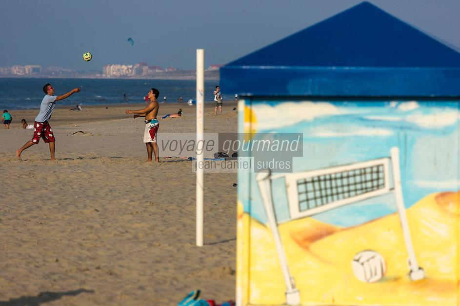 France, Nord (59), Malo-les-Bains, La plage sur la Côte d'Opale   // France, Nord, Malo les Bains, beach on the Opal Coast