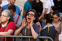 Roma 19 Maggio 2015<br /> Manifestazione dei lavoratori della scuola davanti a Montecitorio indetto da tutti i sindacati contro la riforma della scuola del governo Renzi soprannominata 'La Buona Scuola&quot;, gli insegnanti accusano il governo di agevolare la privatizzazione dell'istruzione. Un insegnante urla contro i politici.<br /> Rome May 19, 2015<br /> Demonstration of school workers  in front of Deputies organized by all trade unions  against Renzi's school reform dubbed 'The Good School', teachers accuse of facilitating the privatisation of education.A teacher yells against at politicians.